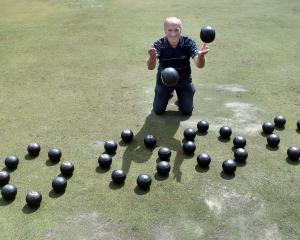 Dunedin bowler Mike Kernaghan is ready for a shot at winning the North East Valley 10,000 for a...