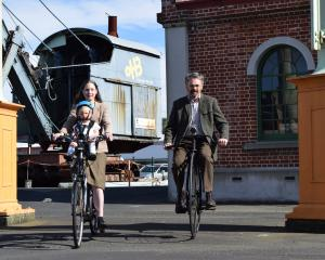 Dunedin Tweed Ride co-organiser Ruth Barton, with son Harold Hockey (1), and co-organiser Peter...