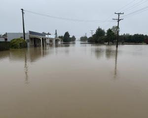 Flooding in Snow Ave, Middlemarch, on January 2. PHOTO: RICHARD EMERSON
