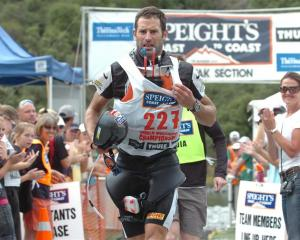 Richard Ussher wins a third Coast to Coast title in 2008. Photo by Peter McIntosh.