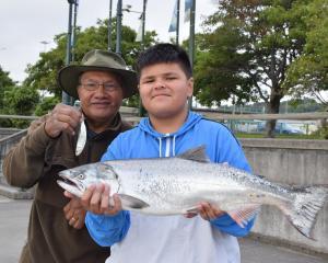 Montell Paulo (12) ...