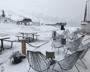 Snow at Cardrona Alpine Resort this morning. Photo: Geoff Wayatt