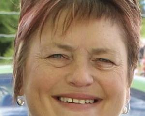 Paula Bell