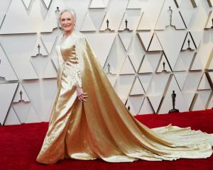 Glenn Close wearing Carolina Herrera on the red carpet in 2019. Photo: Reuters