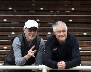 Lindsay Dey (left) and Bruce Beath, of the 1971 University of Otago Lovelock Relays senior men's...