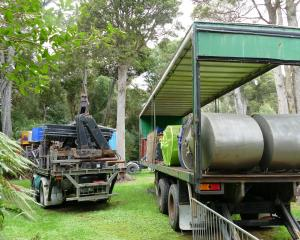 South Otago Forest & Bird wants fairground equipment stored on the Clutha District Council...