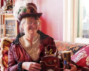 Artist Trish Shirley has been sewing up a storm to make her costume for this year's Steampunk NZ...