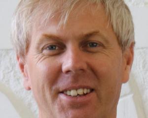 Simon Drew