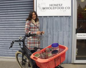 Me dropping off jars for refill at Honest Wholefoods. I wanted a beautiful wooden crate, but the...
