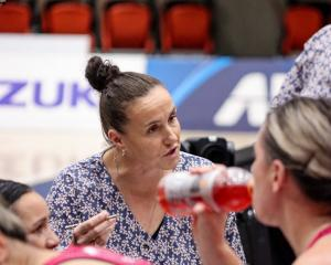 Shooting coach Jo Morrison makes a point during a Southern Steel game. Photo: Supplied
