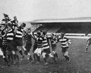 Kaikorai v Southern senior flag match. — Otago Witness, 26.7.1921
