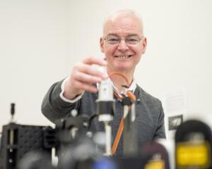 Chemistry professor Keith Gordon is this year's recipient of the University of Otago...