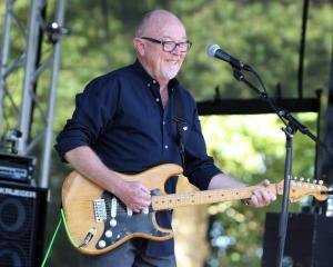 Dave Dobbyn performed Welcome Home at today's welcome for the first KiwiBuild families in...