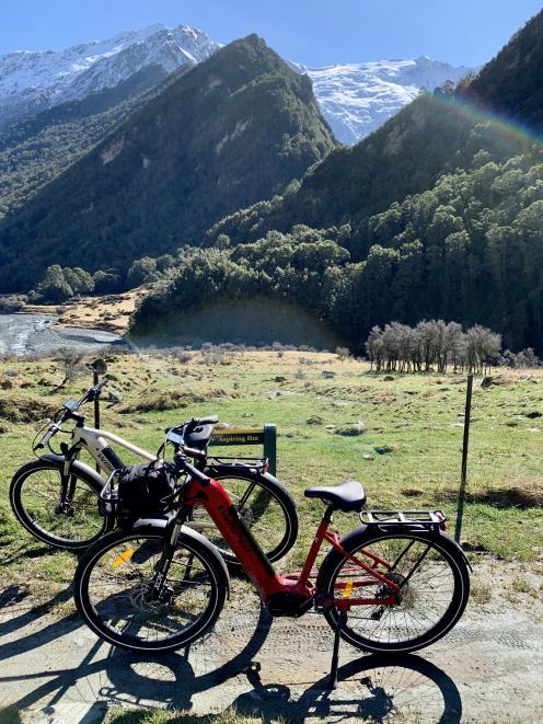 Our trusty Wisper Wayfarer e-bikes en route to Aspiring Hut.
