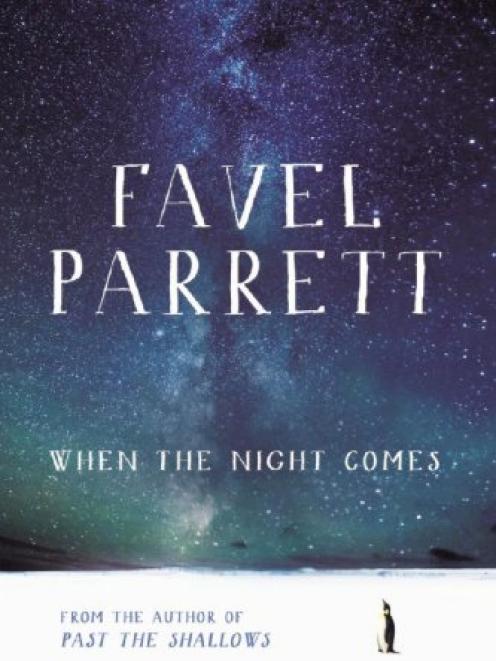 WHEN THE NIGHT COMES<br><b>Favel Parrett<br><i>Hachette</i>