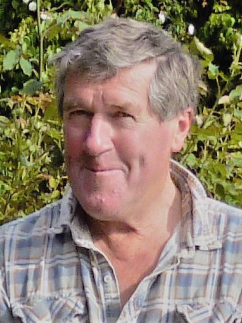 Geoffrey Robert Crutchley