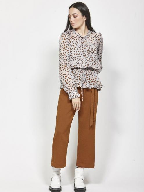 The Ketz-ke Sublime Pant is a loose fitting trouser that pair ease with elegance. Photo: supplied