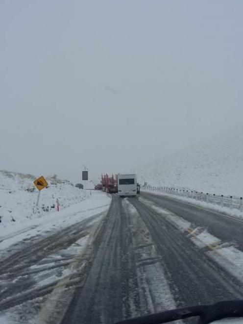 Snow was also making driving difficult in the Lindis Pass. Photo: Kyle Thompson-Connell