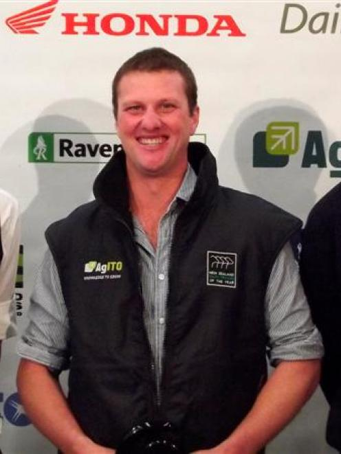2013 Otago Dairy Trainee of the Year Ben Sanders (25), of Clinton (centre) with second-placed...