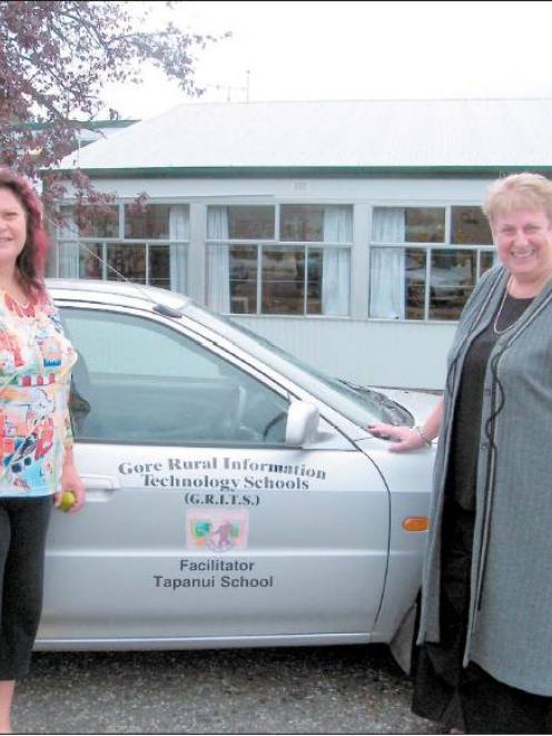 Big catchment: New Gore Rural Information Technology Schools ( Grits ) facilitator Kim Scott (...