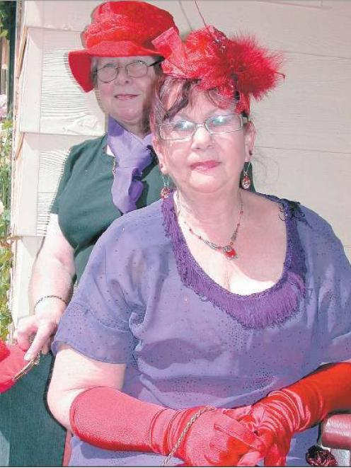 The more the merrier: Cromwell women Lynne Anderson (left) and Helen Smith are looking for more...