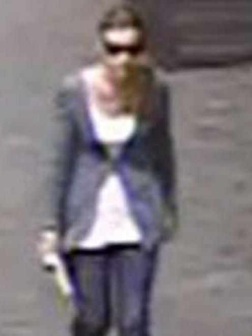 A CCTV image of the woman sought by police.  Photo supplied.
