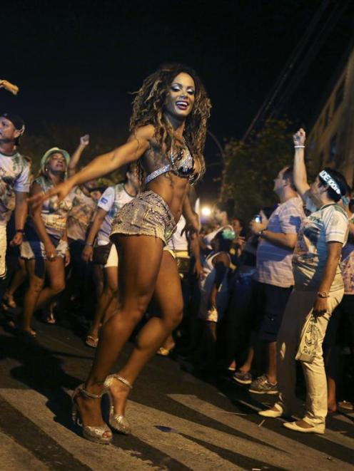 A dancer performs during the rehearsal of the Mocidade Independente Samba school.  REUTERS/Pilar...