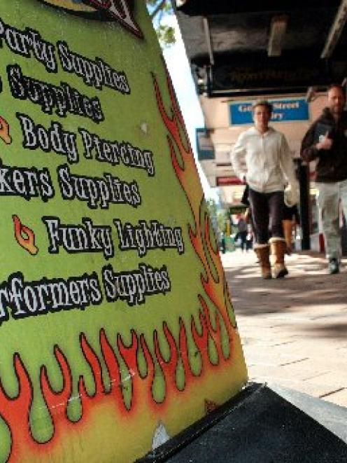 A shop selling 'legal highs' advertises on a busy part of George St in central Dunedin. Photo by...