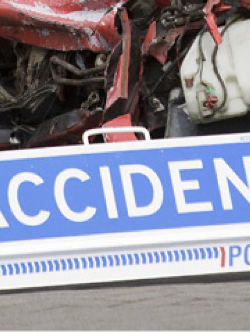 accident_generic_jpg_517dd2c3b0.jpg