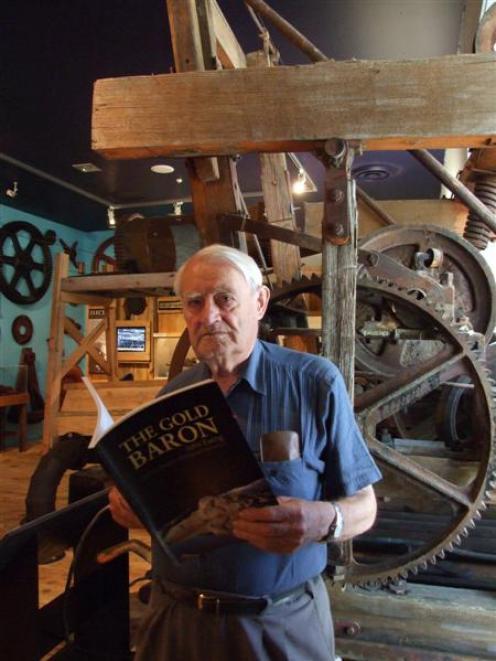 Alexandra Author John McCraw, with his book on mining entrepreneur John Ewing. Photo by Lynda Van...