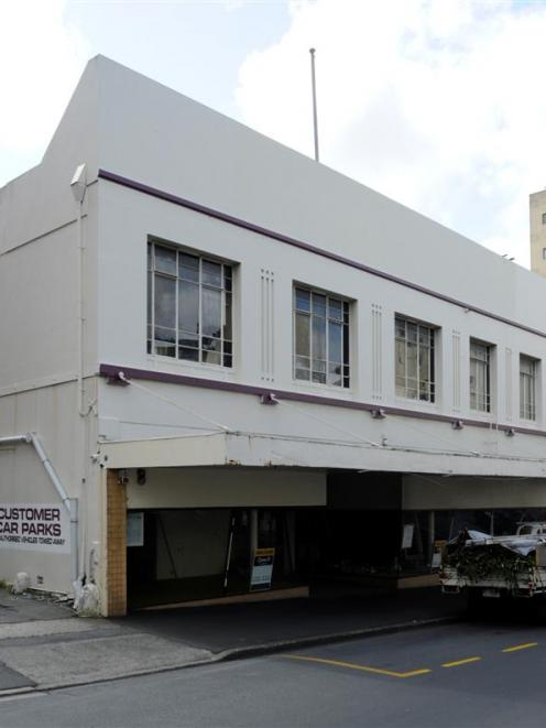An application to demolish the former Furniture Court Building at 180 Rattray St is on hold....