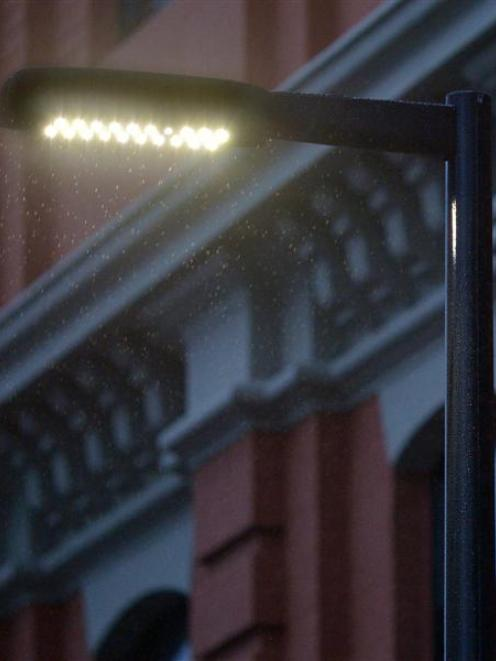 An LED street light highlights the rain in Vogel St. Photo by Gerard O'Brien.