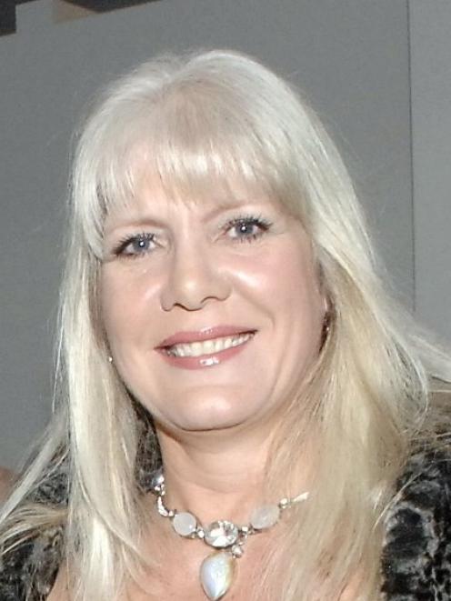 Annemarie Mains