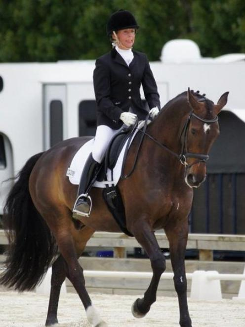Anya Durling and Rosari Guest Star go through a routine at the South Island dressage...
