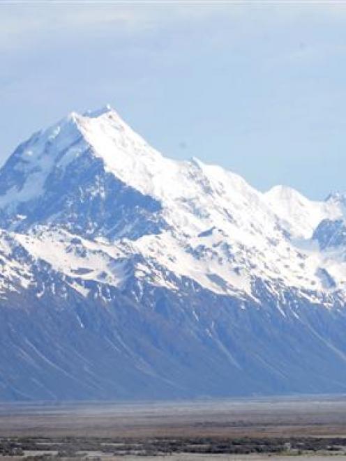 Aoraki Mt Cook.