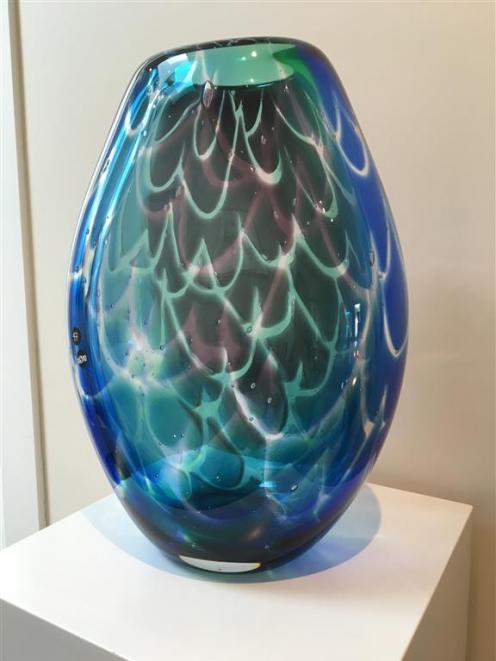 Art Glass Vase, by Ola Hoglund.