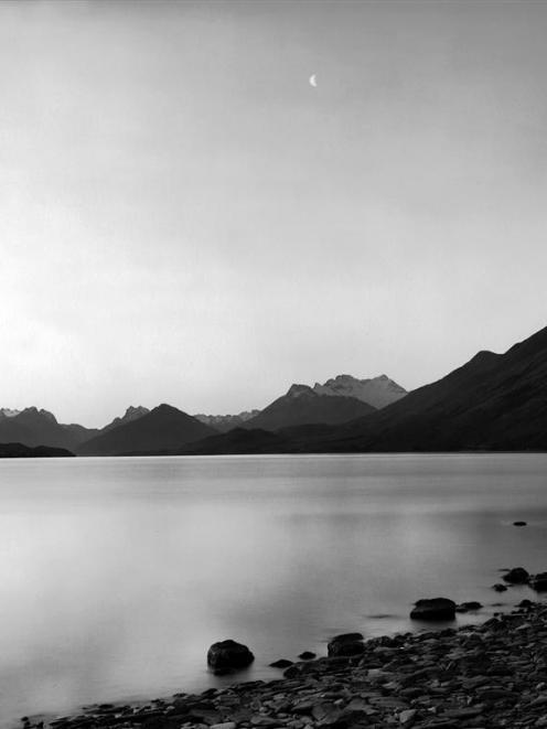 Te Koroka. Te Wahi Pounamu. Whakatipu Wai Maori, by Mark Adams