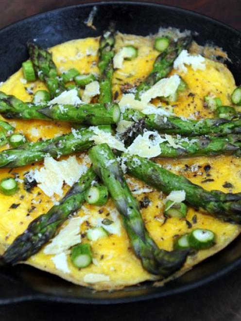 Asparagus and thyme frittata. Photo by Peter McIntosh.