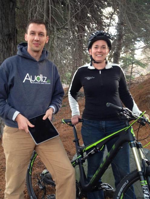 Auditz.io co-founder Duncan Faulkner with Jolanda Foale, from Heliview Cromwell. Photo supplied.