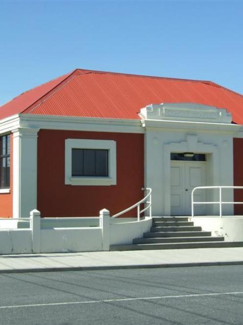 Balclutha Courthouse. Photo by Helena de Reus.