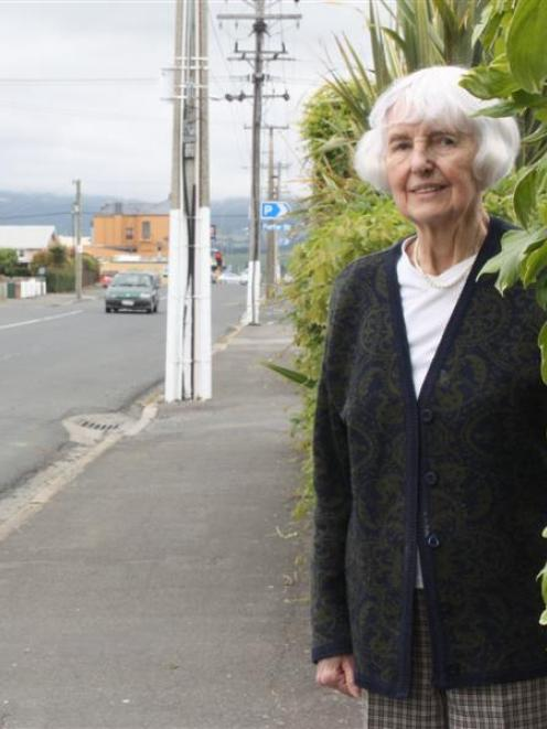 Betty Downes says Bush Rd in Mosgiel is a fantastic place to live. Photo by Tim Miller.
