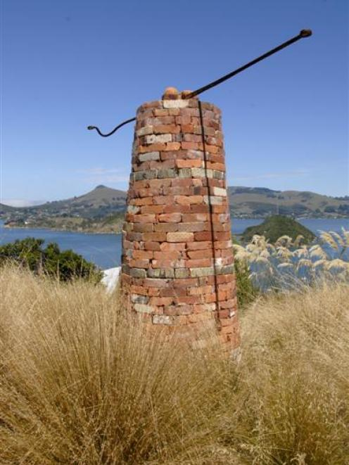 Brick Column, by Russell Moses. Photo by Gregor Richardson.