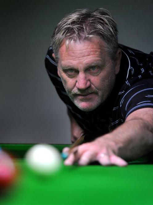 Bruce Cunningham lines up a shot during a doubles snooker game at the Mosgiel RSA yesterday....