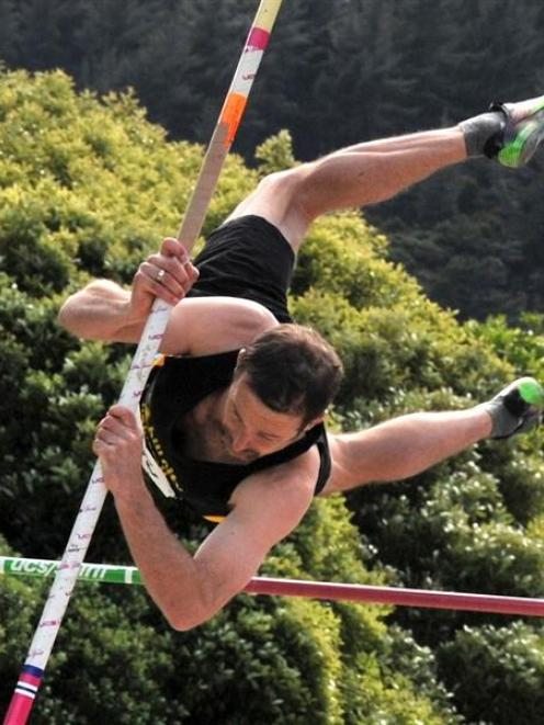 Chris Richards (Hill City-University) unsuccessfully attempts a 3m pole vault on his way to...