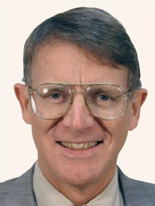 Clinical Prof James Geoffrey Horne