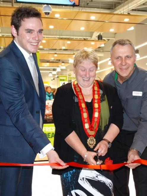 Clutha-Southland MP Todd Barclay (left), Queenstown Lakes Mayor Vanessa van Uden and store...