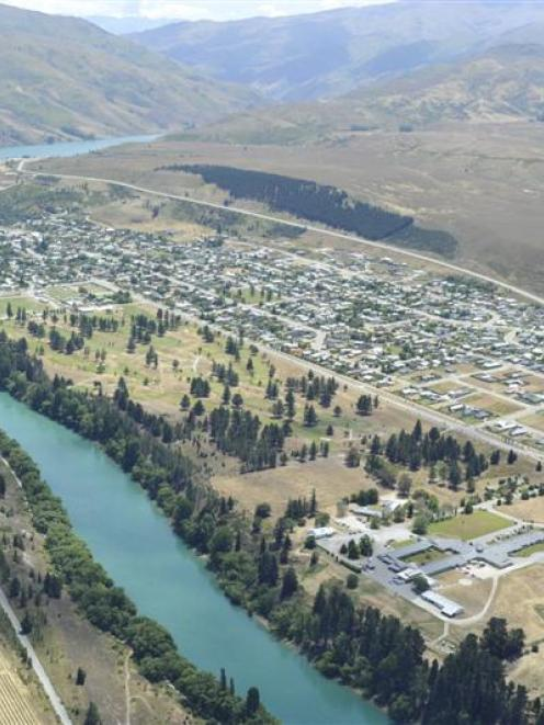 Clyde and the Clutha River.