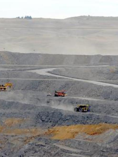 Coronation open pit development will not extend mine life at Macraes. Photo by Craig Baxter.