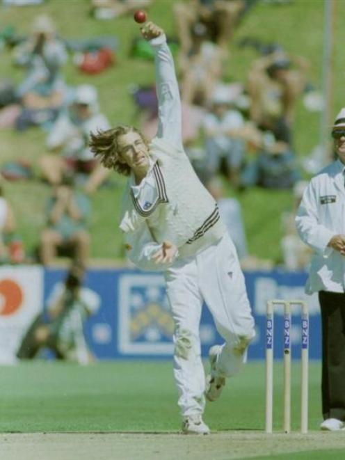 Daniel Vettori during his test debut against England at the Basin Reserve in 1997. Photo by The...