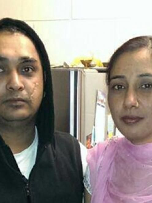Davinder Singh (left) and his wife, Amandeep Kaur. Photo / Supplied